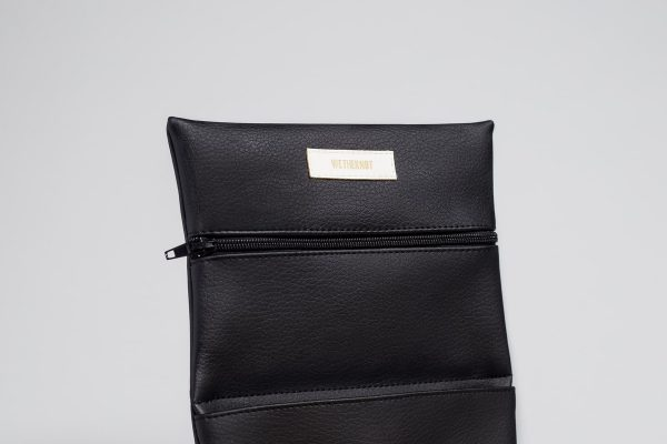 Vegan leather pouch in black (detail)
