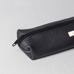 Vegan leather pencil case in black (detail)