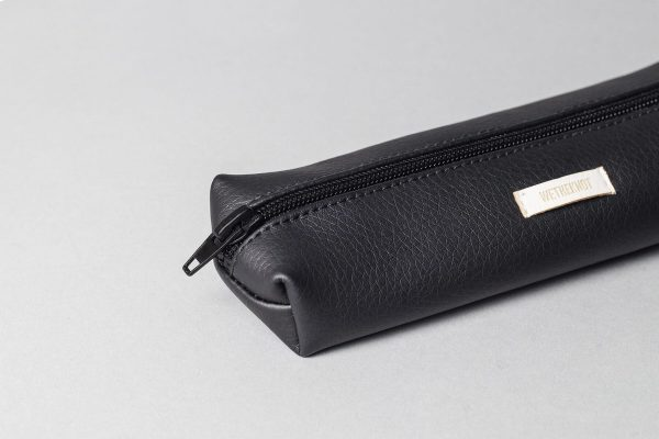Vegan leather pencil case in black (detail)