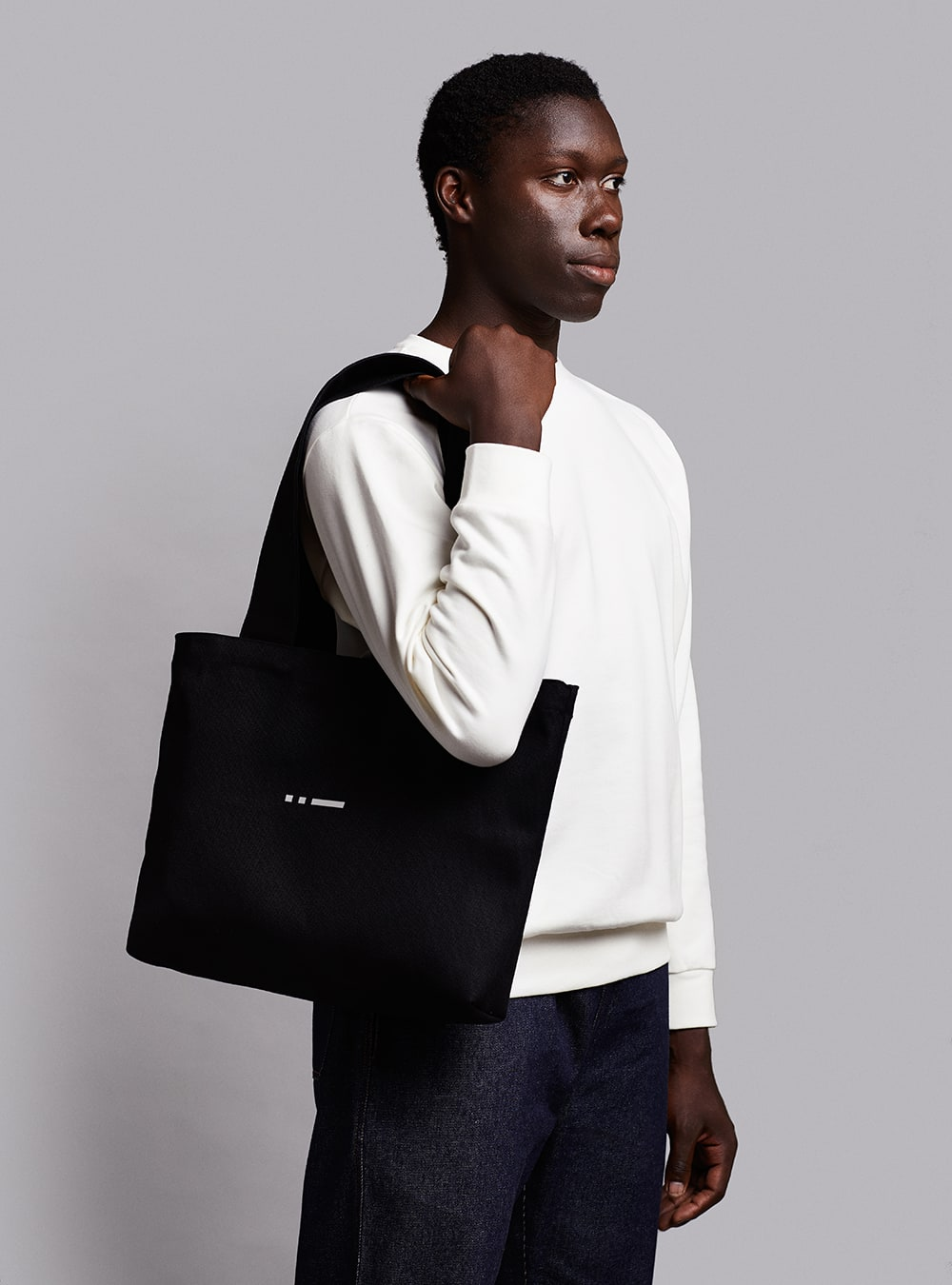 Tote bag (black) in cotton, made in Portugal by wetheknot.
