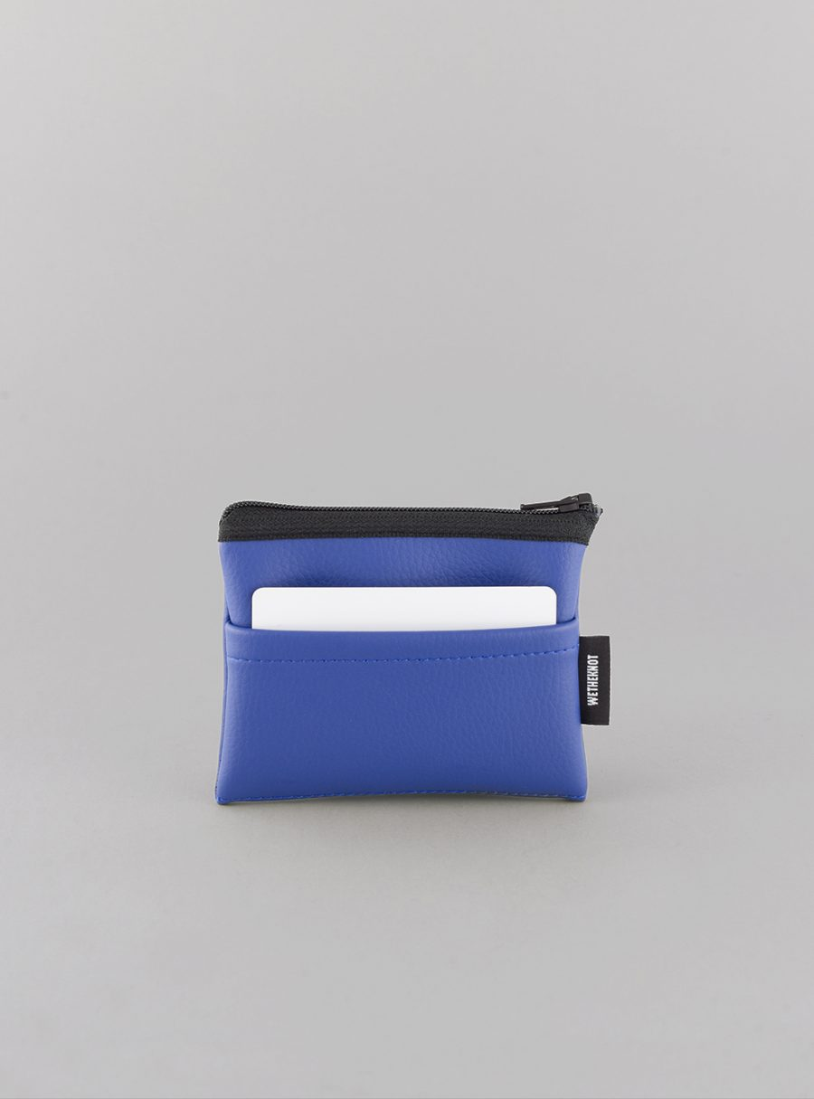 Card holder (blue) in vegan leather, made in Portugal by wetheknot.