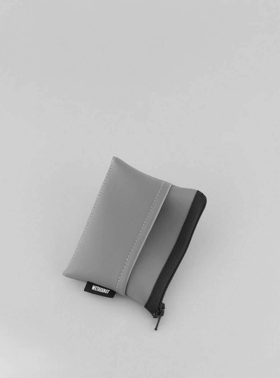 Card holder (dark grey) in vegan leather, made in Portugal by wetheknot.