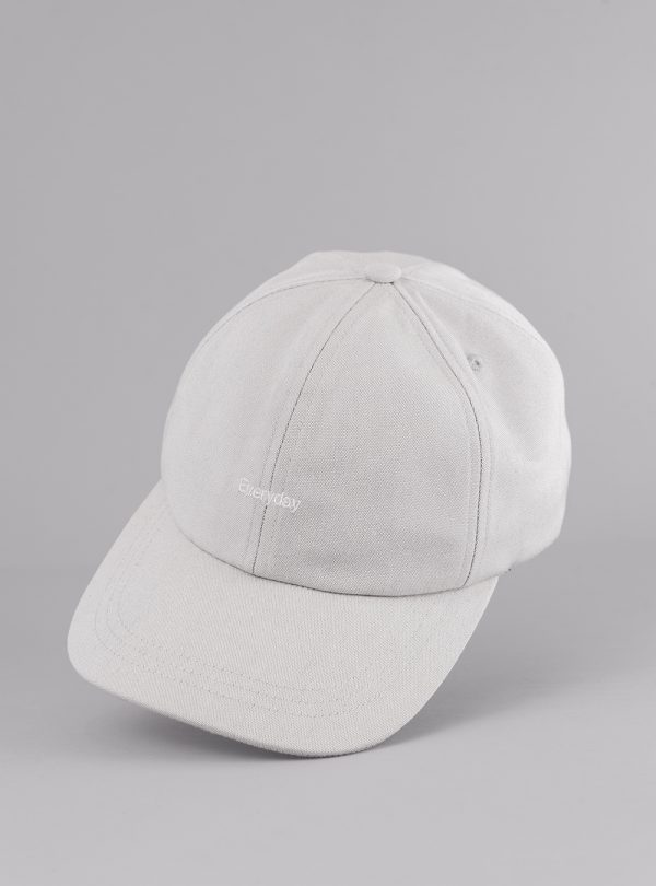 Everyday cap (light grey) in sun and fade resistant fabric, made in Portugal by wetheknot.
